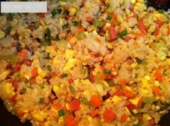 彩色蛋炒饭
