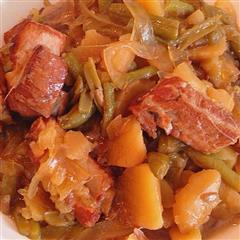 红烧排骨炖菜品