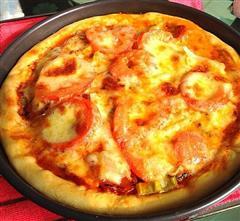 芝心饼边披萨
