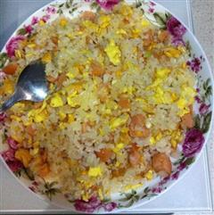 玉米肠鸡蛋炒饭
