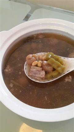 清甜苦瓜排骨汤