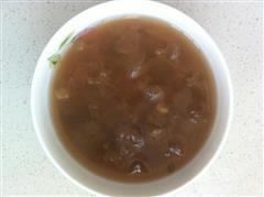 清爽一夏-绿豆银耳汤
