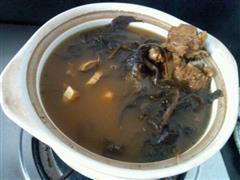 苦菜排骨汤