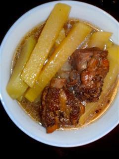红烧排骨萝卜汤