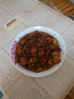 胡萝卜鹌鹑蛋红烧肉