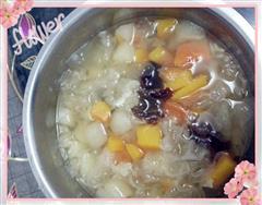 甜梨木瓜银耳汤