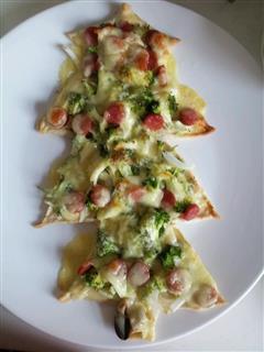 可爱的圣诞树披萨