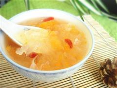 蜜桔银耳汤