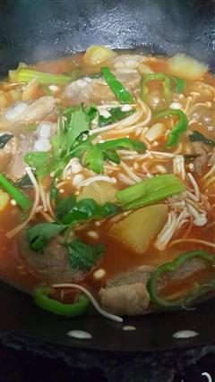 韩国-直译就是土豆排骨汤