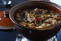 雪菜红烧肉砂锅煲