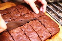 巧克力坚果布朗尼