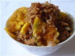 红米蛋炒饭