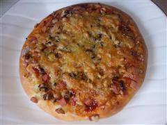 火腿香菇鸡肉披萨