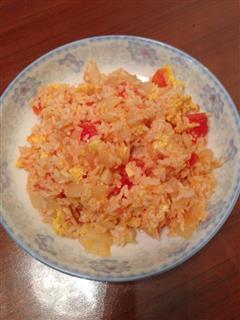 懒人版番茄洋葱蛋炒饭