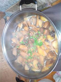 红烧肉土豆