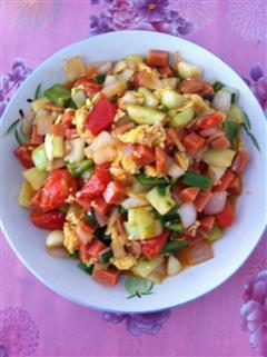 西红柿黄瓜炒鸡蛋
