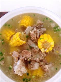 懒人电饭煲版玉米排骨汤