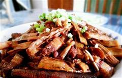 苏式传统笋干红烧肉
