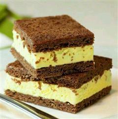 布朗尼冰淇淋蛋糕