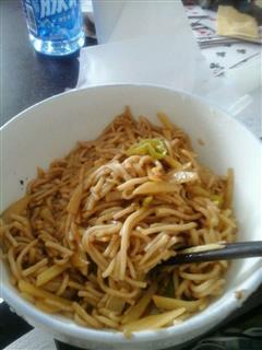 青椒土豆炒面条