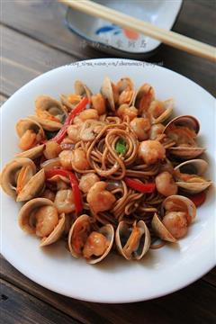 黑椒海鲜炒面