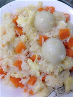 鱼丸蛋炒饭