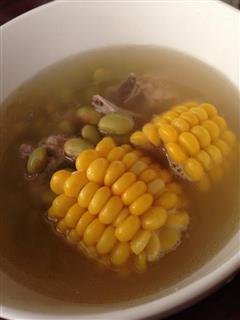 毛豆玉米排骨汤