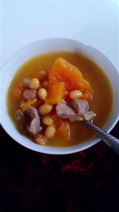 木瓜红萝卜排骨汤