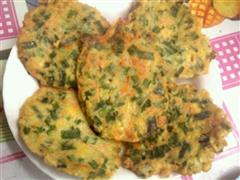 韭菜红罗卜玉米鸡蛋饼