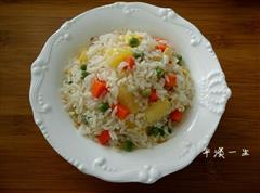 椰香菠萝蛋炒饭