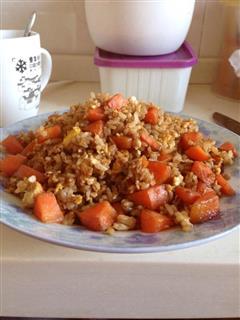 胡萝卜鸡蛋炒饭