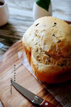 菰米无油全麦面包