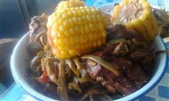 东北超简单版红烧排骨炖玉米