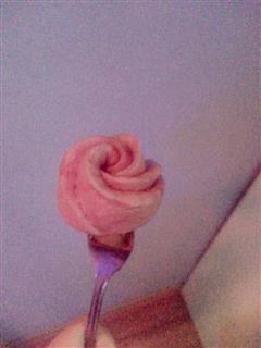 玫瑰-小牛奶馒头