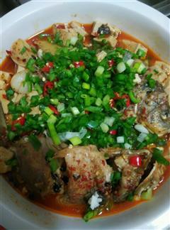 麻辣豆腐鲫鱼