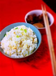 一人食-蛋炒饭配小碗牛肉