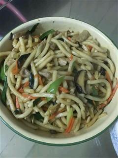 香菇肉丝炒面