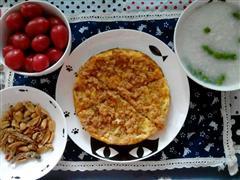 榨菜肉松鸡蛋饼&豌豆白米粥&花生小鱼干&小番茄