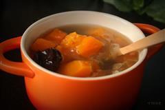 初夏甜蜜的清凉-薏米木瓜银耳汤