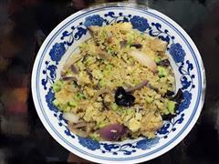 两米洋葱蛋炒饭