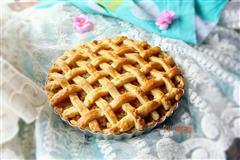 详解酸甜可口的织网苹果派