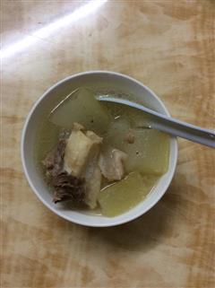 冬瓜排骨汤好喝又健康