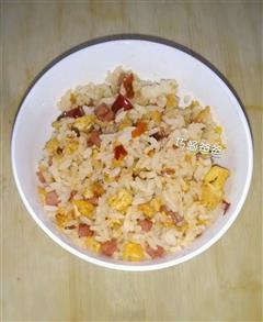 葱花-香肠-蛋炒饭