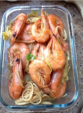 金角大王-鲜虾炒面