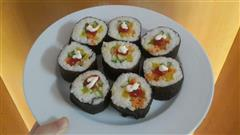 寿司-胡萝卜黄瓜调味萝卜肉松