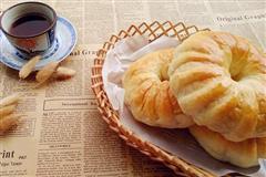 红豆花卷面包
