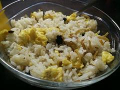 丁香鱼蛋炒饭