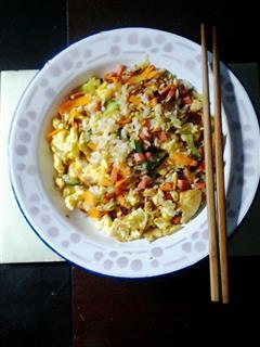 营养美味蛋炒饭