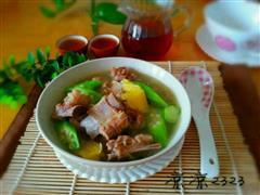 橙汁秋葵排骨汤