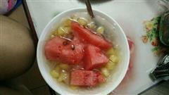 夏日水果银耳汤